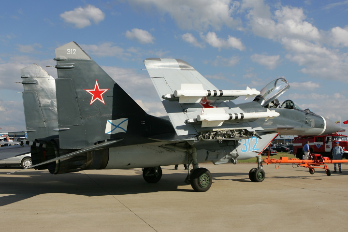 Moscow gui cung luc 24 tiem kich khung toi Crimea ran mat Kiev-Hinh-6