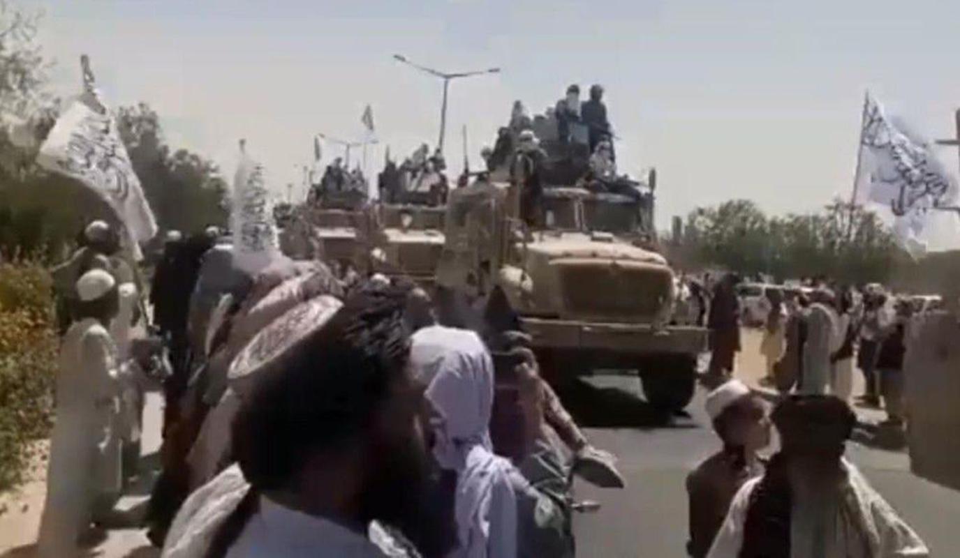 My da 'trao vao tay' Taliban loai xe boc thep khang min tot nhat cua minh-Hinh-4