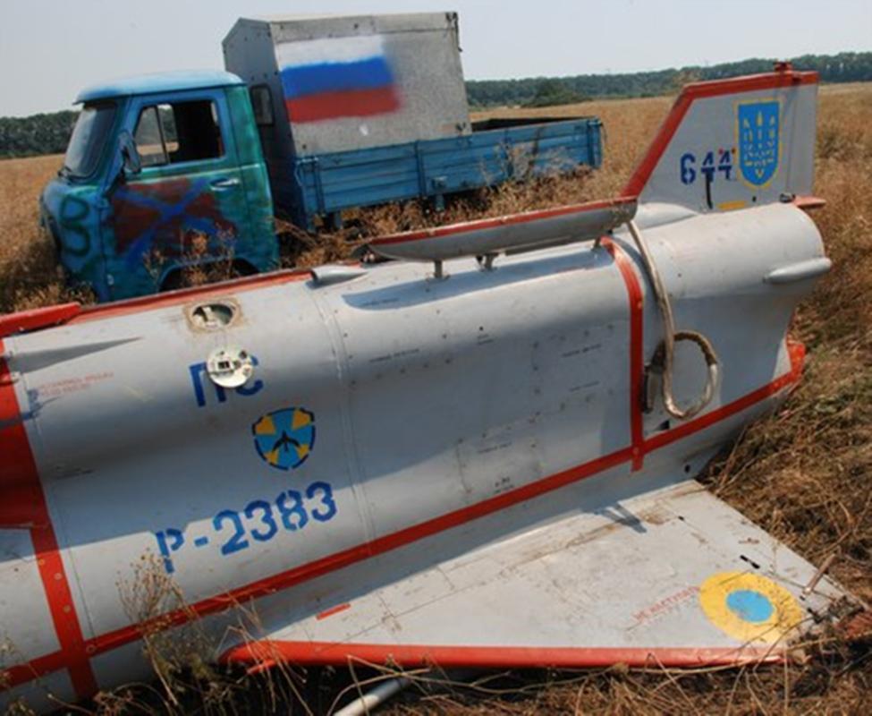 Vu khi ky la cua Ukraine xuat hien trong cuoc tap tran cung NATO-Hinh-10