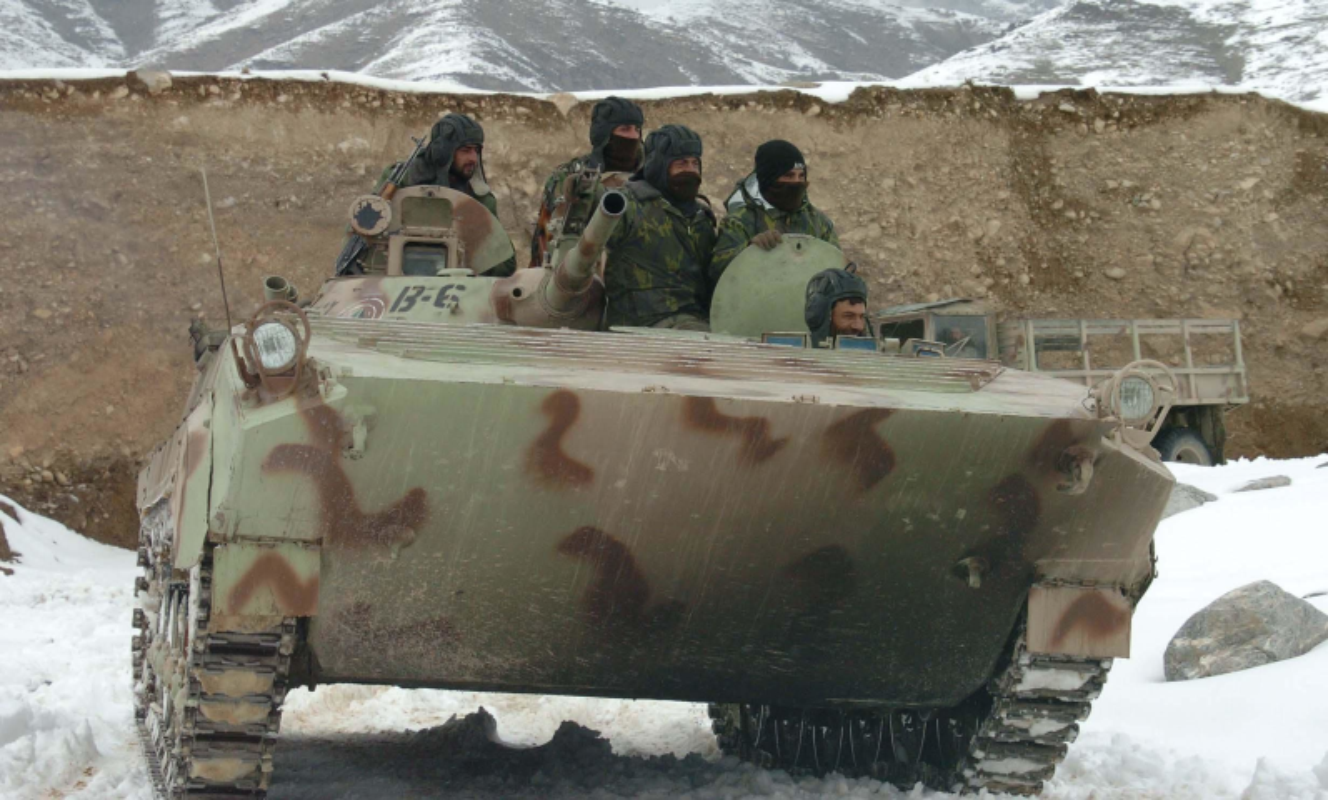 Xe chien dau bo binh huyen thoai Lien Xo trong tay phe khang chien Afghanistan-Hinh-10