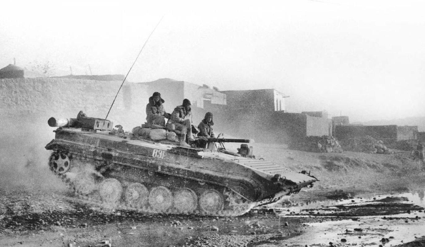 Xe chien dau bo binh huyen thoai Lien Xo trong tay phe khang chien Afghanistan-Hinh-6