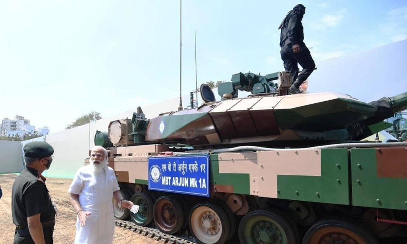 Dong xe tang noi dia An Do dat hon ca T-90 va M1A2 Abram-Hinh-11