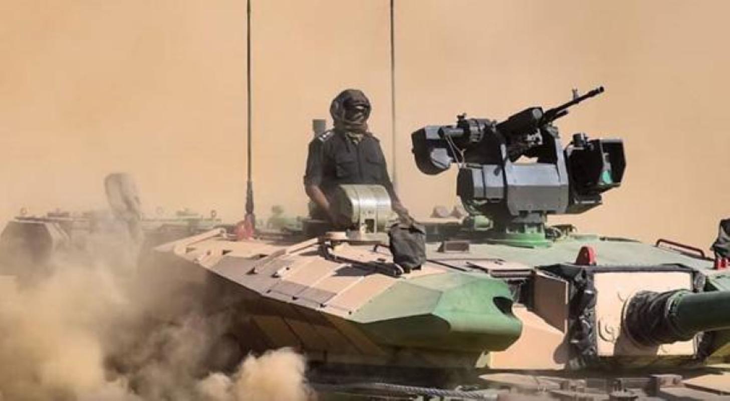 Dong xe tang noi dia An Do dat hon ca T-90 va M1A2 Abram-Hinh-3