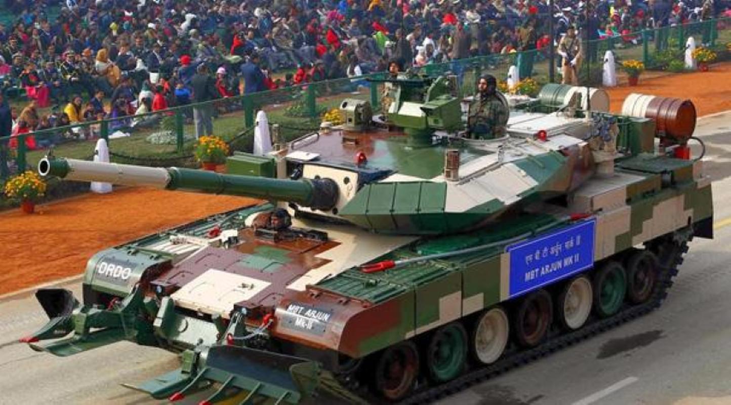 Dong xe tang noi dia An Do dat hon ca T-90 va M1A2 Abram-Hinh-6