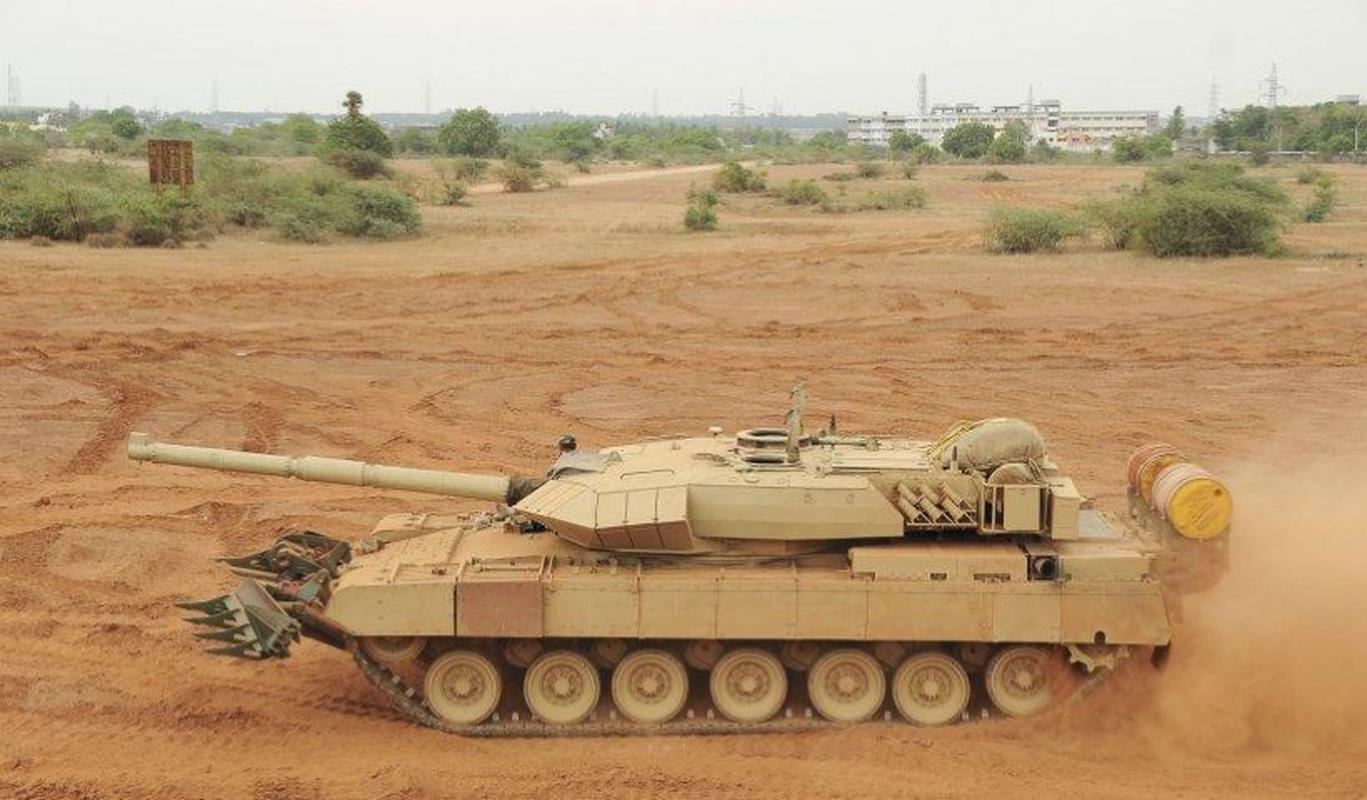 Dong xe tang noi dia An Do dat hon ca T-90 va M1A2 Abram-Hinh-8