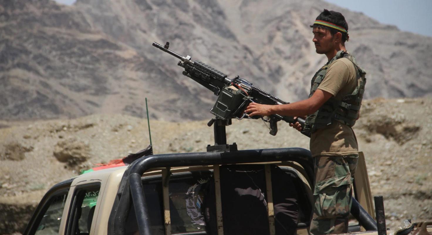 Taliban roi vao o phuc kich cua FANR, quoc te bat dau chu y vao phe khang chien Afghanistan-Hinh-15