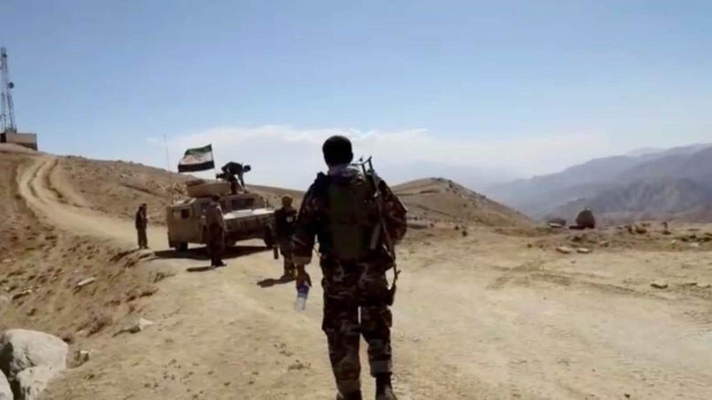 Taliban roi vao o phuc kich cua FANR, quoc te bat dau chu y vao phe khang chien Afghanistan-Hinh-17