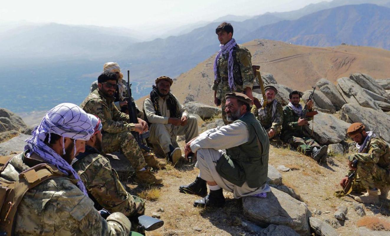 Taliban roi vao o phuc kich cua FANR, quoc te bat dau chu y vao phe khang chien Afghanistan-Hinh-18