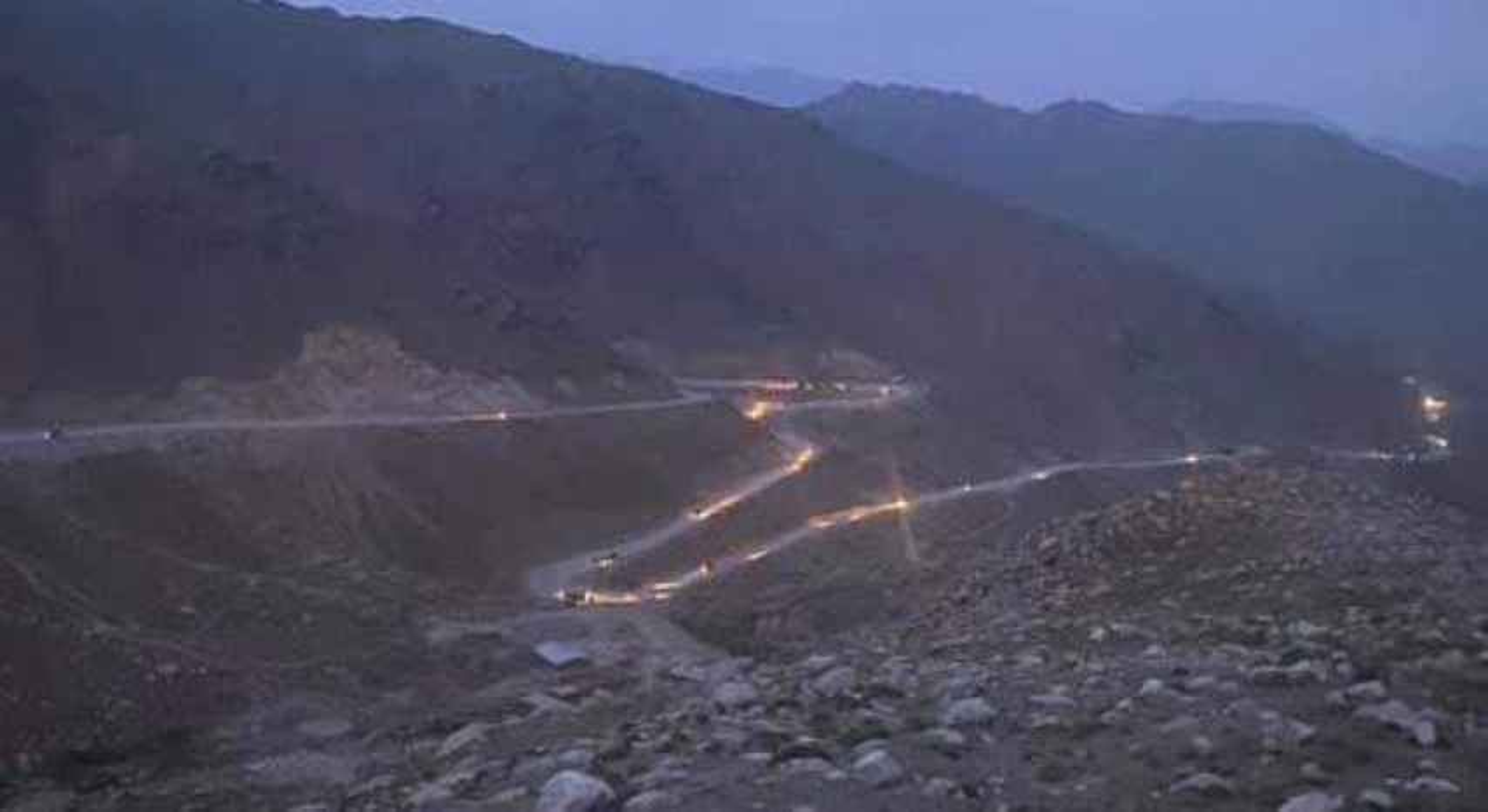 Taliban roi vao o phuc kich cua FANR, quoc te bat dau chu y vao phe khang chien Afghanistan-Hinh-2