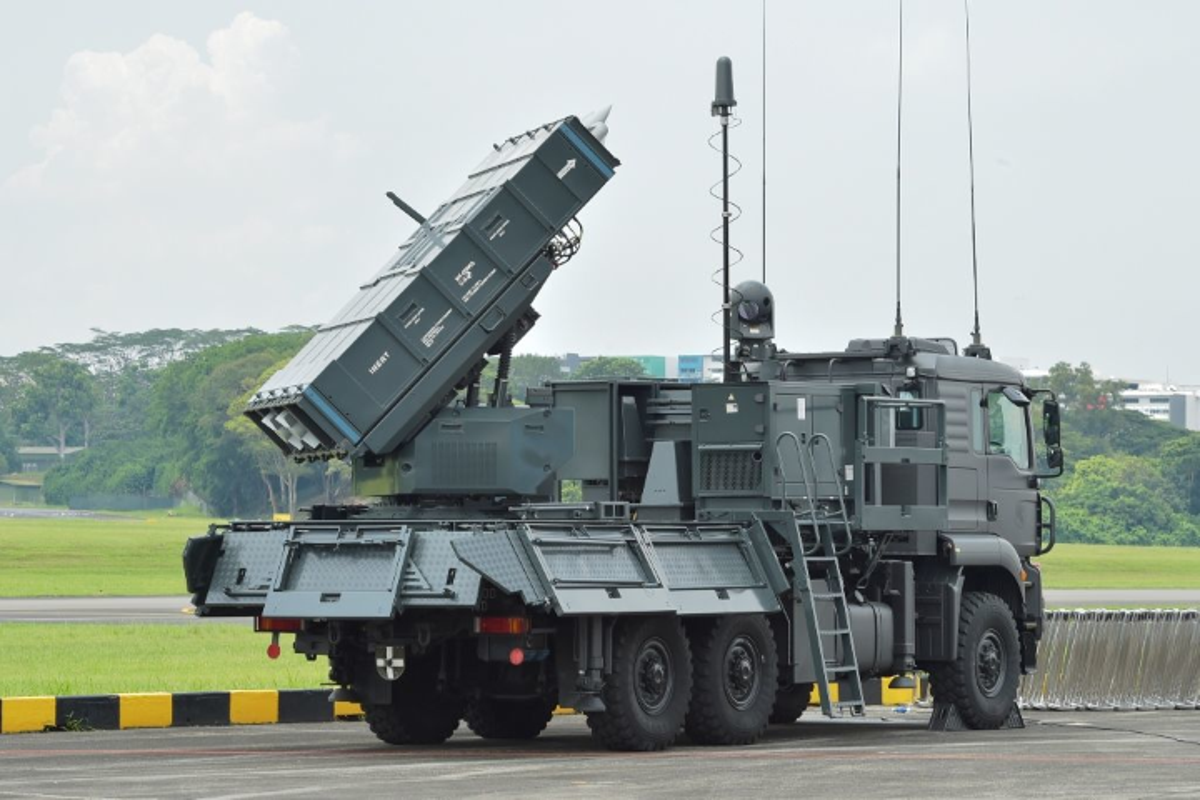 Hoc tap Viet Nam, Sec cung mua ten lua SPYDER tu Israel-Hinh-2