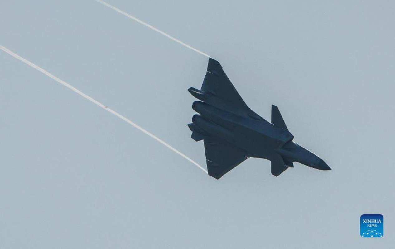 Tiem kich J-20B nang cap cua Trung Quoc lo diem yeu chi tu-Hinh-6