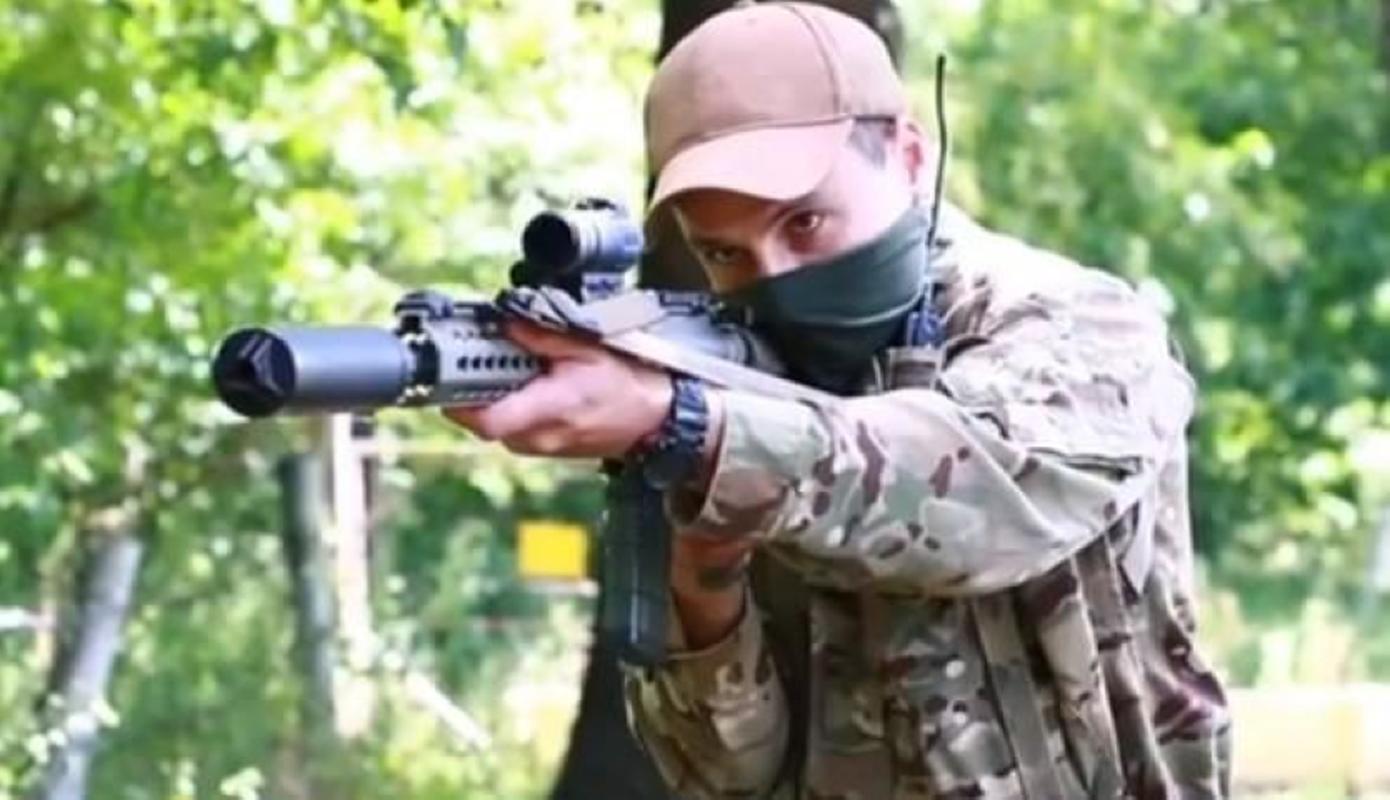 Ve binh Quoc gia Ukraine thay the sung AK bang sung AR-15 My-Hinh-17