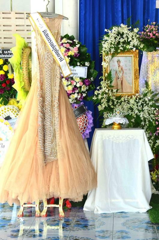 Le tang khong co mat cha me cua hoa hau Thai Lan 19 tuoi-Hinh-2