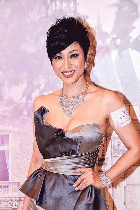 """4 hoa hau Hong Kong """"le bong"""" vi be boi tinh ai, ham tien-Hinh-3"""