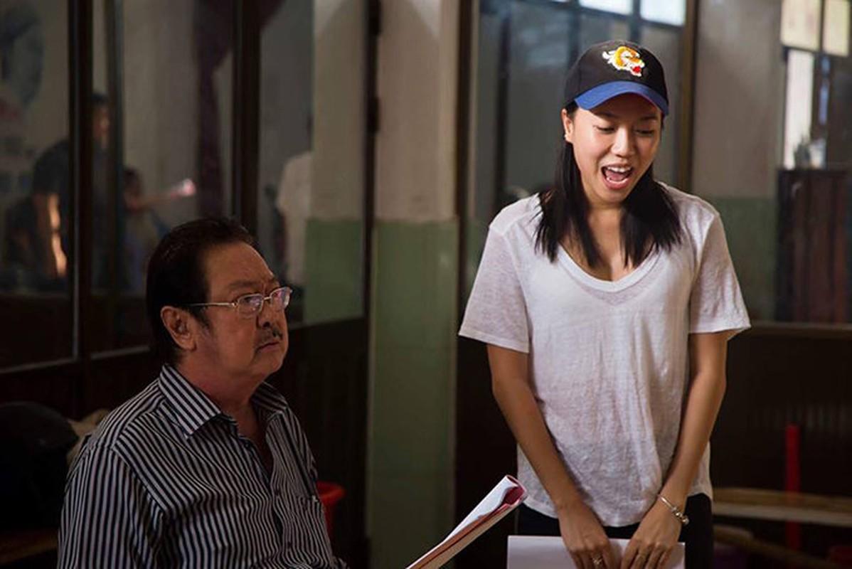 Kieu Minh Tuan tu tay dut cho Cat Phuong an khi nguoi yeu bi benh-Hinh-4