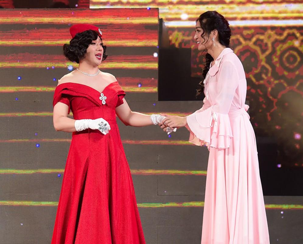 Tran Thanh 2 nam lam chong Hari Won van gia gai nhu that-Hinh-2