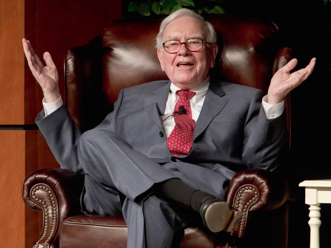 Giau thu ba the gioi, ty phu Warren Buffett tieu tien the nao?-Hinh-6