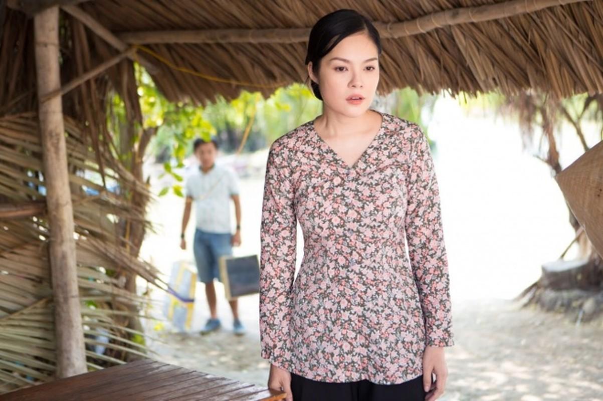 Duong Cam Lynh may 10 bo ao ba ba di ban nuoc mia, trai cay-Hinh-3