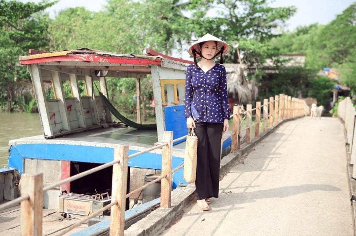 Duong Cam Lynh may 10 bo ao ba ba di ban nuoc mia, trai cay-Hinh-7