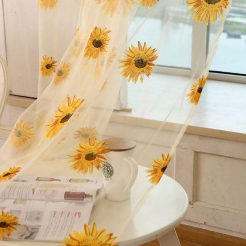 Goc bep dep nhu buoc ra tu trong tranh nho hoa huong duong