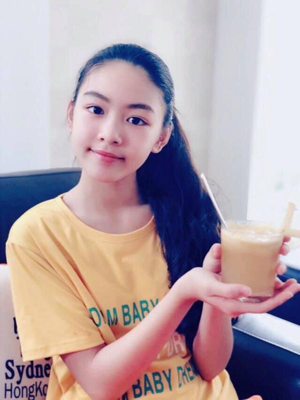 Con gai lon cua Quyen Linh duoc vi nhu ban sao Truong Ba Chi-Hinh-2