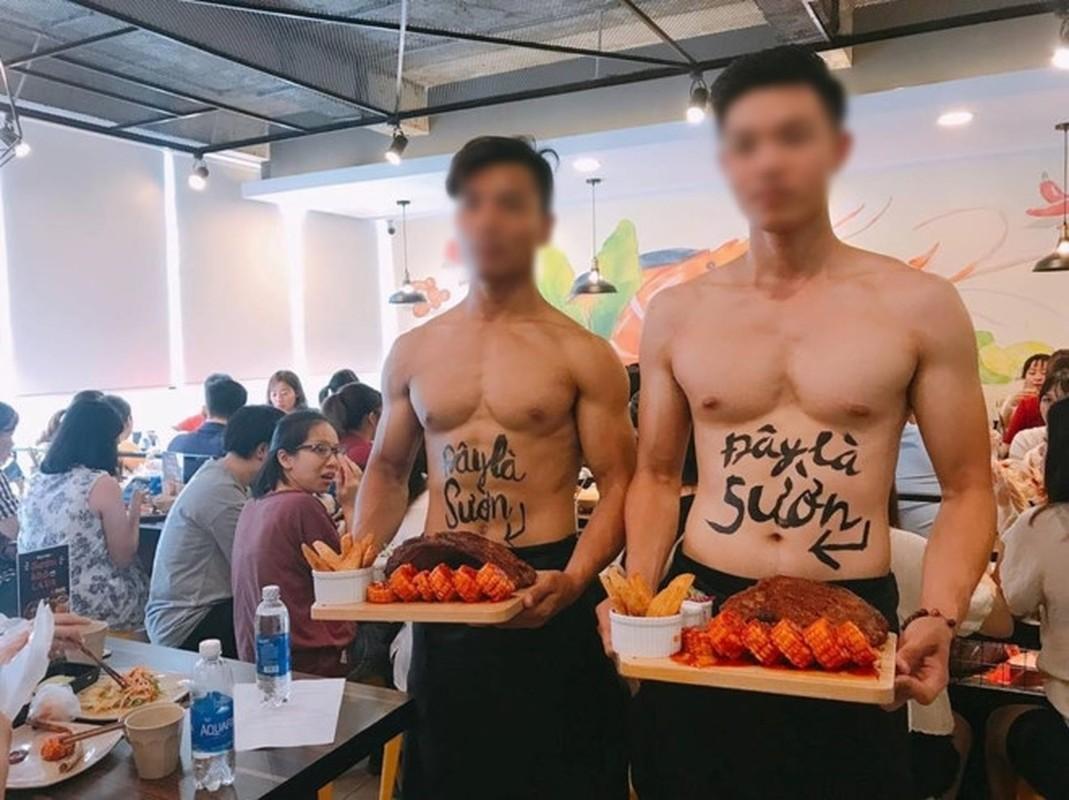 Quan an trai dep 6 mui coi tran ben le duong Ha Noi gay xon xao-Hinh-6