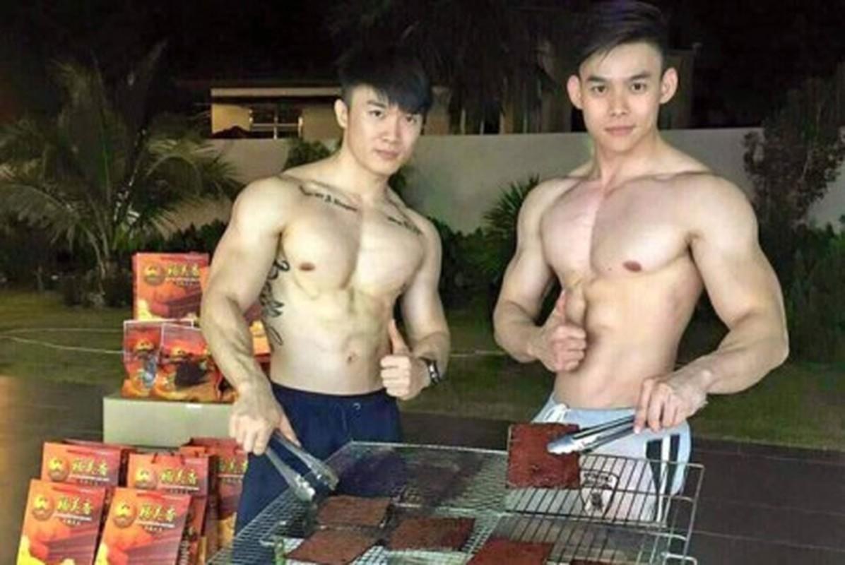 Quan an trai dep 6 mui coi tran ben le duong Ha Noi gay xon xao-Hinh-7