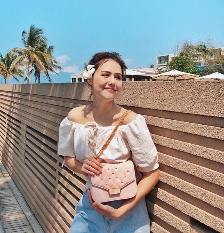 Bo ba sinh nam 1990 than thiet va noi tieng cua lang hot girl Ha Thanh-Hinh-6