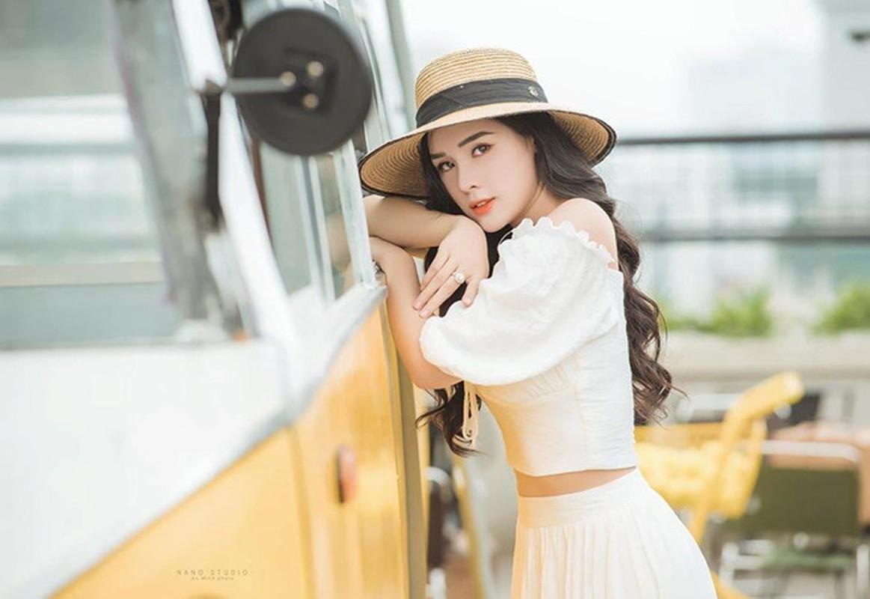 Ban gai Trong Dai U23 va dan hot girl tung du thi hoa hau-Hinh-3