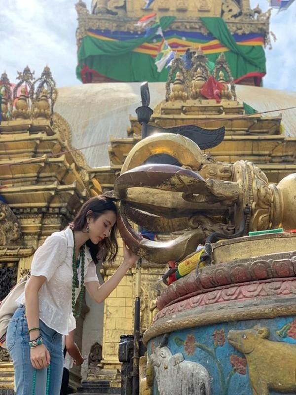 Cuoc song hien tai cua Angela Phuong Trinh khi roi xa showbiz ra sao?-Hinh-2