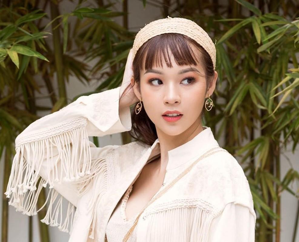 An Japan va loat hot girl co nhan sac ngay cang khac la-Hinh-4