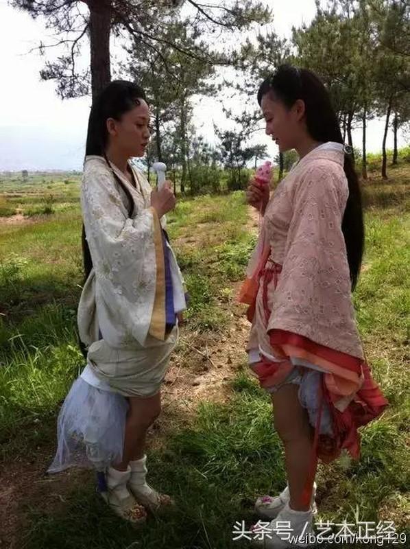 1001 kieu chong nang nong ba dao cua sao Hoa ngu tren phim truong-Hinh-4