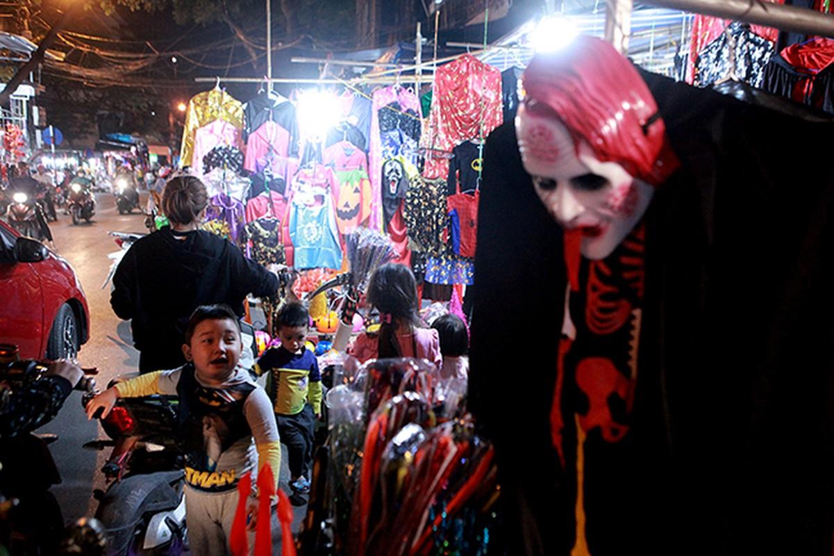 """Ron nguoi pho """"am phu"""" mua Halloween giua long Ha Noi-Hinh-2"""