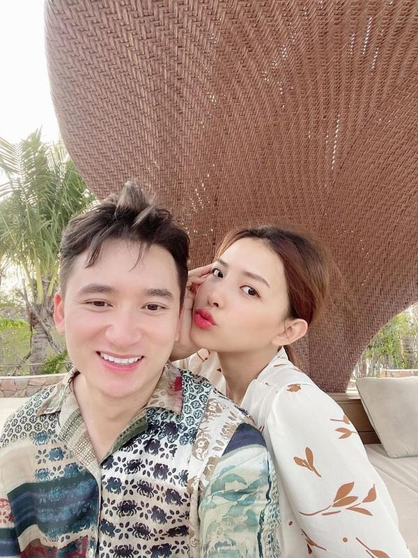 Nhan sac gay thuong nho cua vo sap cuoi Phan Manh Quynh-Hinh-3