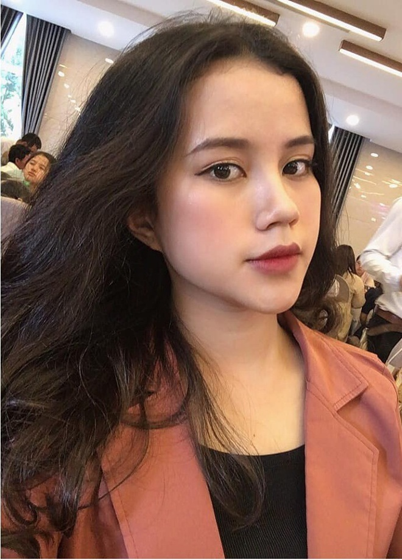 Hot girl khai giang va cac nu sinh THPT noi tieng trong nam 2019-Hinh-8