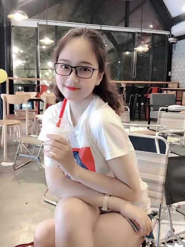 Ve dep cua Hoa khoi sinh vien sau 1 nam dang quang-Hinh-7