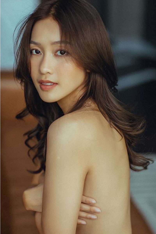 Kha Ngan khoe anh ban nude goi cam o tuoi 22-Hinh-2