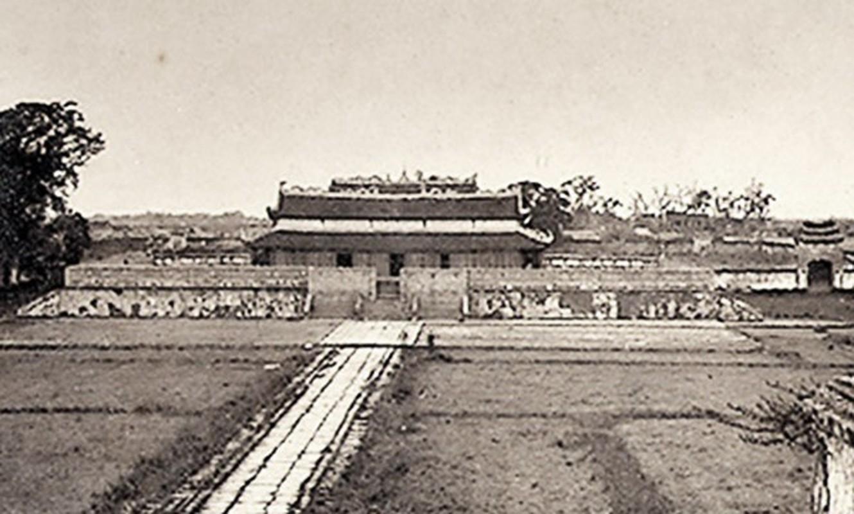 Dong ho nao co 33 nguoi lam vua nuoc Viet?