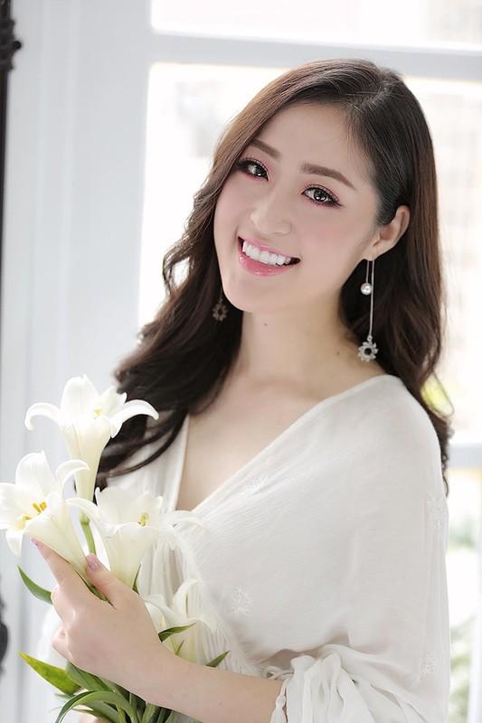 Nu MC truyen hinh o Quang Ninh duoc menh danh 'hot girl thoi tiet'-Hinh-5