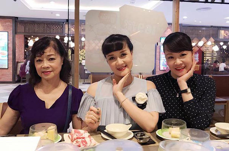 Chi gai Van Dung lot top 10 Hoa hau Viet Nam nam 1992 gio ra sao?-Hinh-2