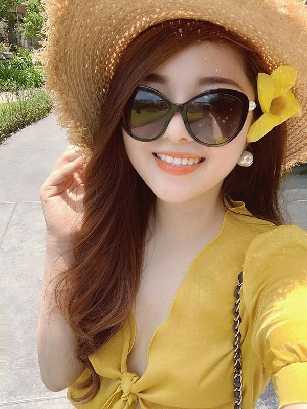 Nhung dong chu cuoi cung cua MC Dieu Linh ai doc cung cay khoe mat-Hinh-6