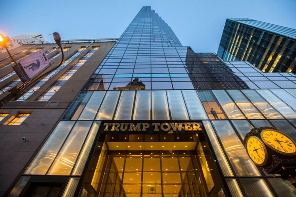 So huu 50 trieu USD, phu nhan cua ong Trump kiem tien the nao?-Hinh-8