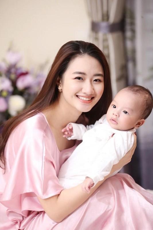 Phanh Lee va loat my nhan Viet cuoi CEO danh tieng, giau co-Hinh-11