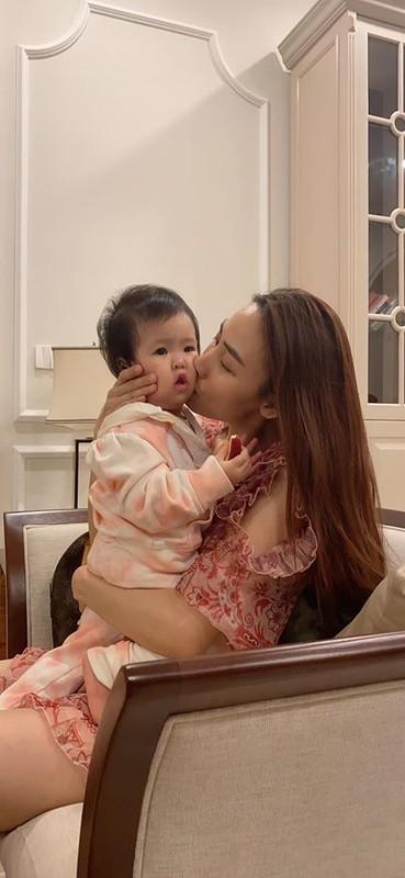 Diva Thanh Lam dang anh ngot ngao ben ban trai lam bac si-Hinh-3