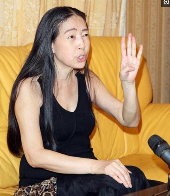 """Nu dai gia thich cap trai tre """"om nui tien"""" sau 5 doi chong-Hinh-9"""