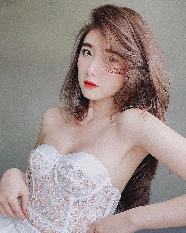Hot girl Thanh Meo dep cang mong, duoc bao Trung khen het loi-Hinh-3