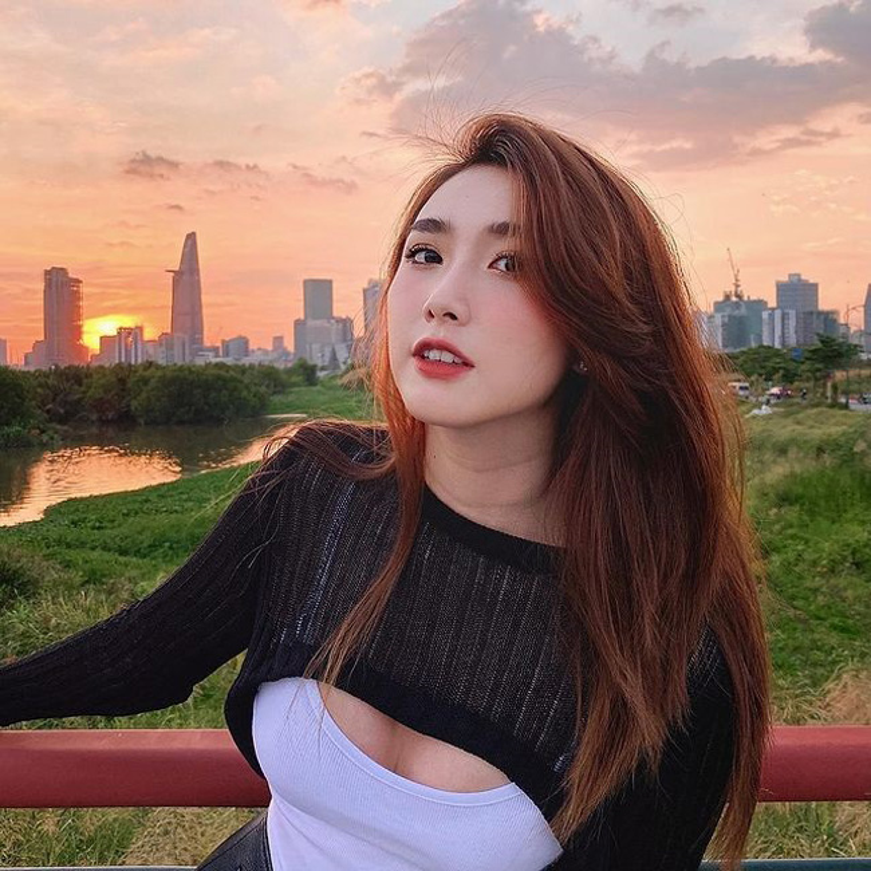 Hot girl Thanh Meo dep cang mong, duoc bao Trung khen het loi-Hinh-6