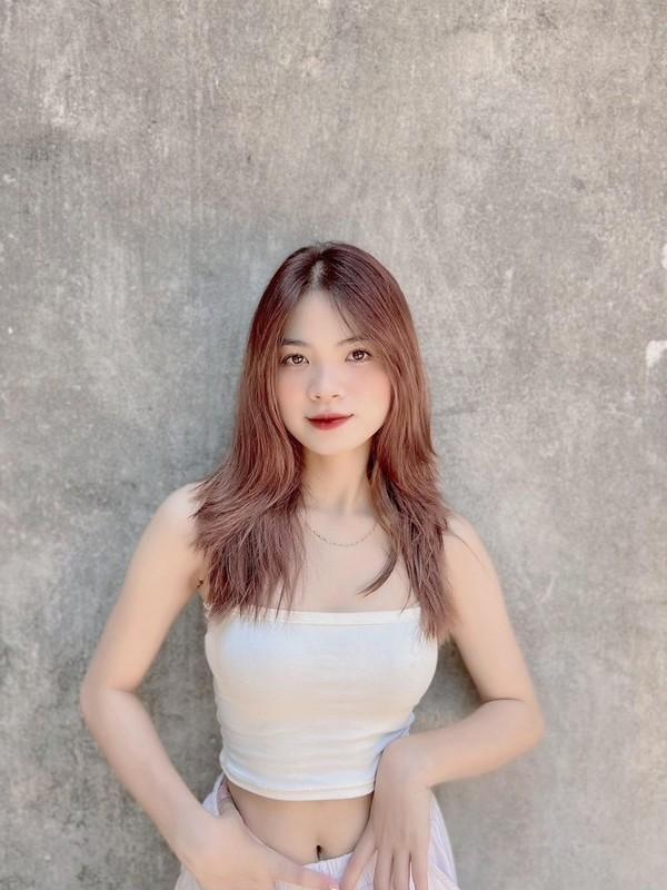 Tan sinh vien xinh dep Truong Dai hoc Thuy loi dam me trai bong-Hinh-9