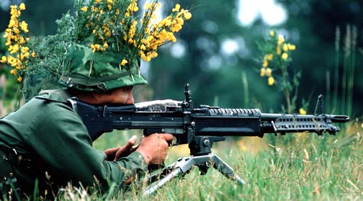 Tai sao Viet Nam nen dung lau dai sung may M60 My?-Hinh-5