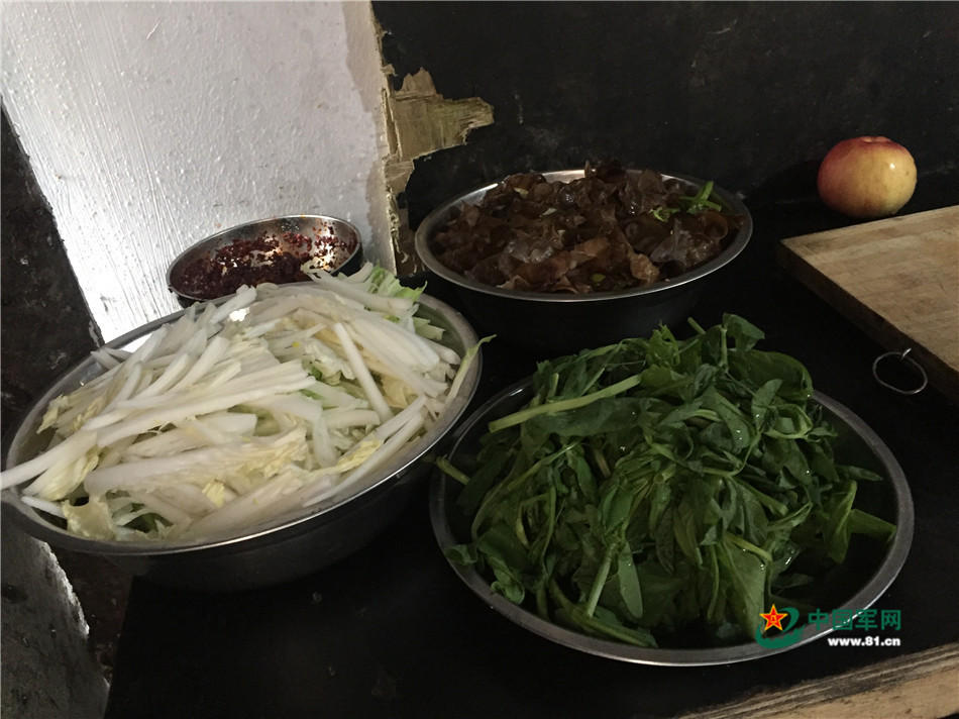 Mo xe bua an cua linh son cuoc Trung Quoc-Hinh-3